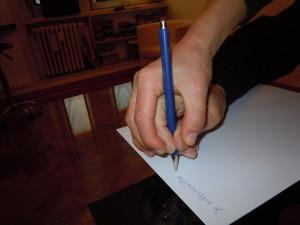 Scrittura con mano forzata